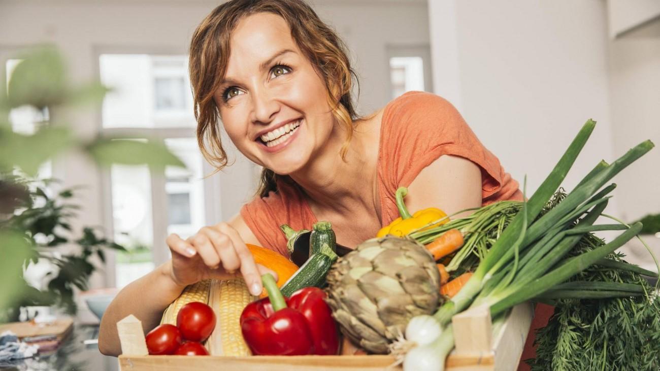 6 главных правил красоты женщины элегантного возраста витамины
